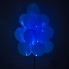 Светящиеся синие шары